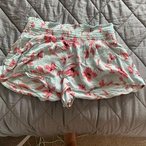 beachy billabong linen  shorts